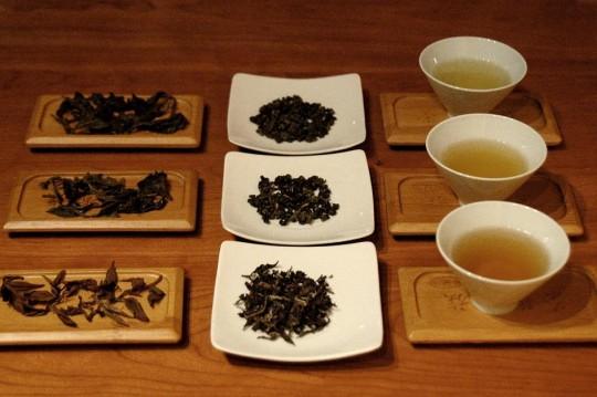 różne herbaty turkusowe fot. Magdalena Rybak