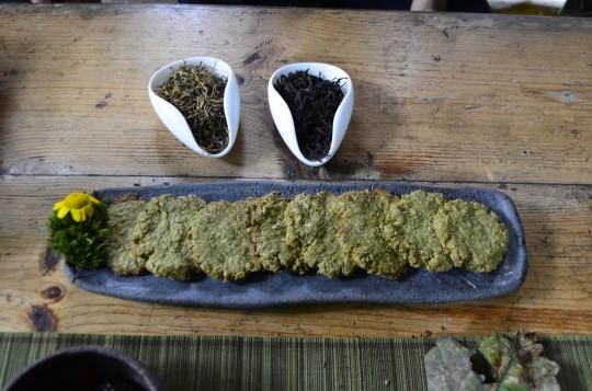 Czerwone herbaty, zielone ciasteczka, fot. Anna Włodarczyk