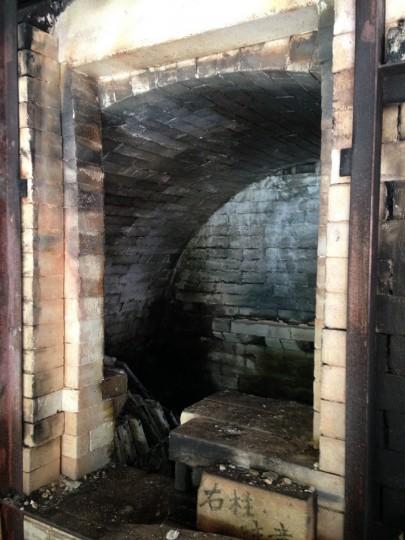 Wnętrze pieca po rozładowaniu