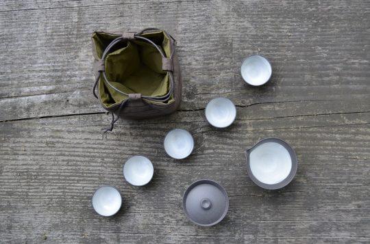 Naczynia w komplecie, fot. Anna Włodarczyk